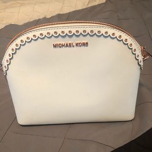 Michael Kors cross body purse